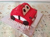 Bánh kem hình chiếc xe 2